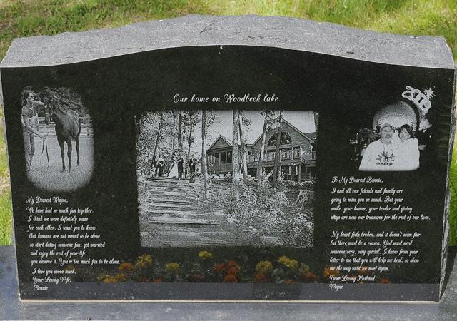 Лазерная гравировка на памятнике