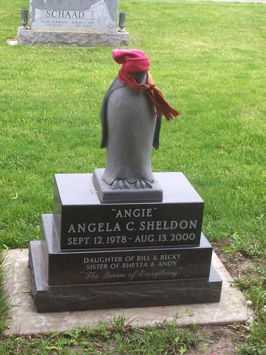 Пингвин на памятнике