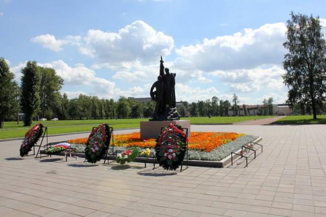 Большеохтинское кладбище - мемориал