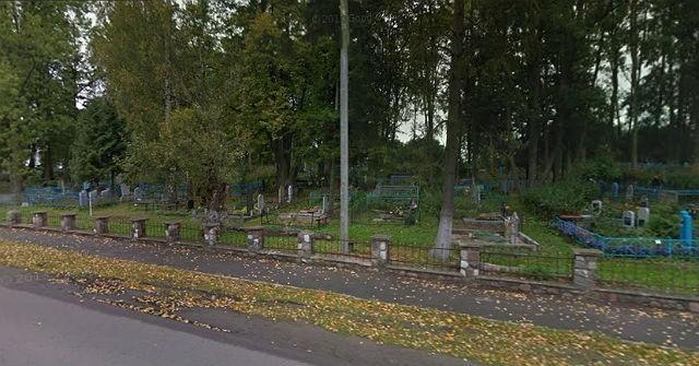 Вид на кладбище с улицы Промышленная