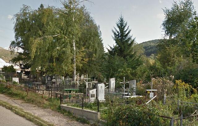 Вид на захоронения с улицы Седлогорская