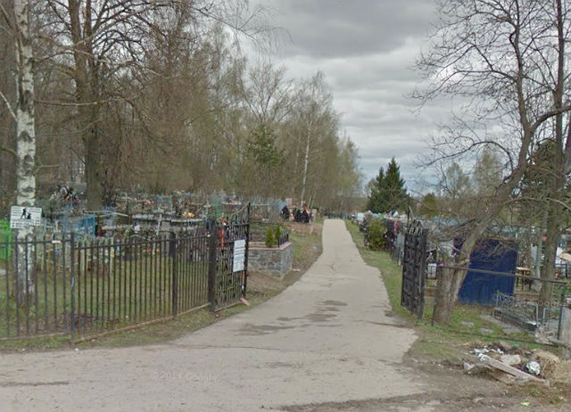 Вход на Покровское кладбище