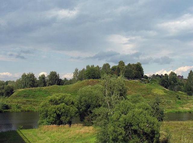 Холм, на котором располагается Старосьяновское кладбище