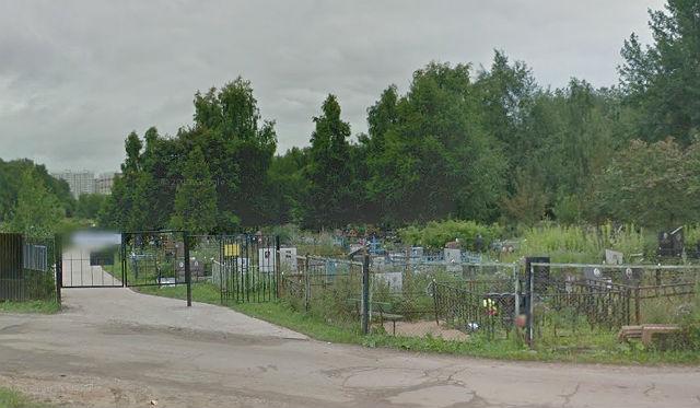 Вход на Андреевское кладбище