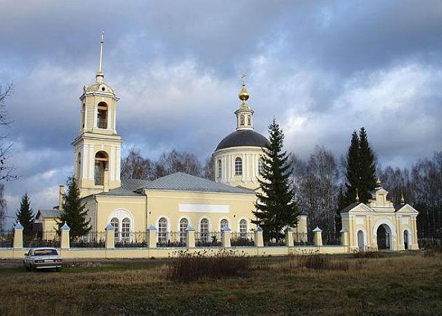 Церковь Святых первоверховных апостолов Петра на Петропавловском кладбище